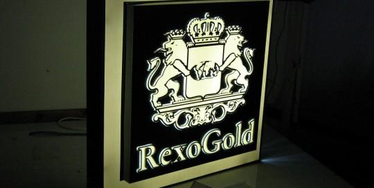 CASETE SI FIRME LUMINOASE Rexo Gold (2)
