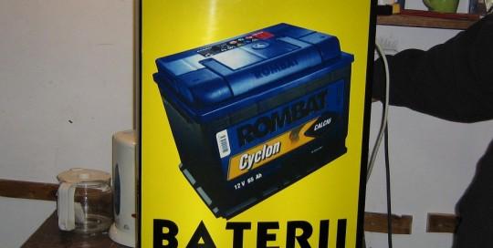 CASETE SI FIRME LUMINOASE Rombat Baterii