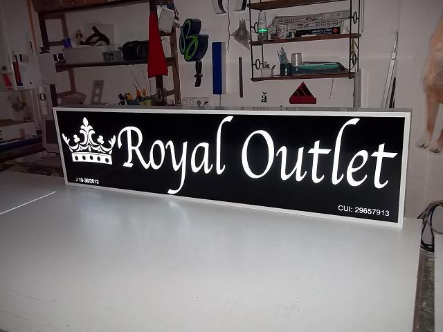 CASETE SI FIRME LUMINOASE Royal Outlet (2)