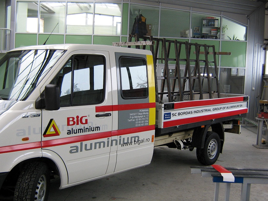 INSCRIPTIONARI VITRINE SI DECOR AUTO Big Aluminium (2)