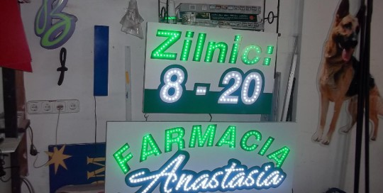 LITERE IMPLANTATE CU LEDURI Farmacia Anastasia
