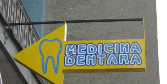 LITERE IMPLANTATE CU LEDURI Medicina Dentara