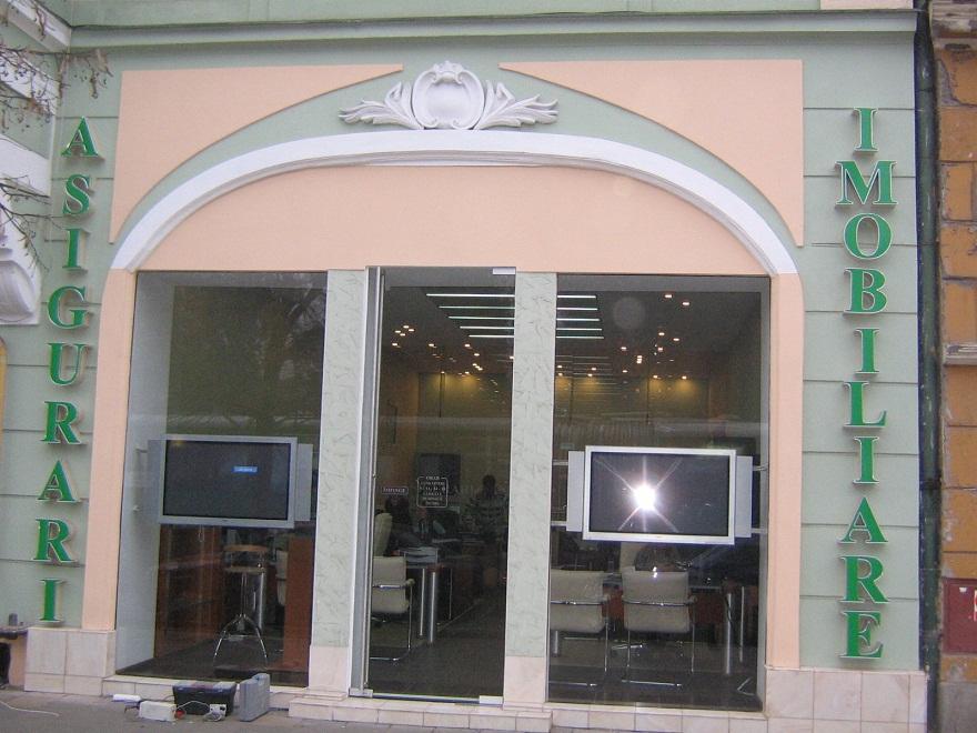 LITERE VOLUMETRICE LUMINOASE Asigurari Imobiliare (3)