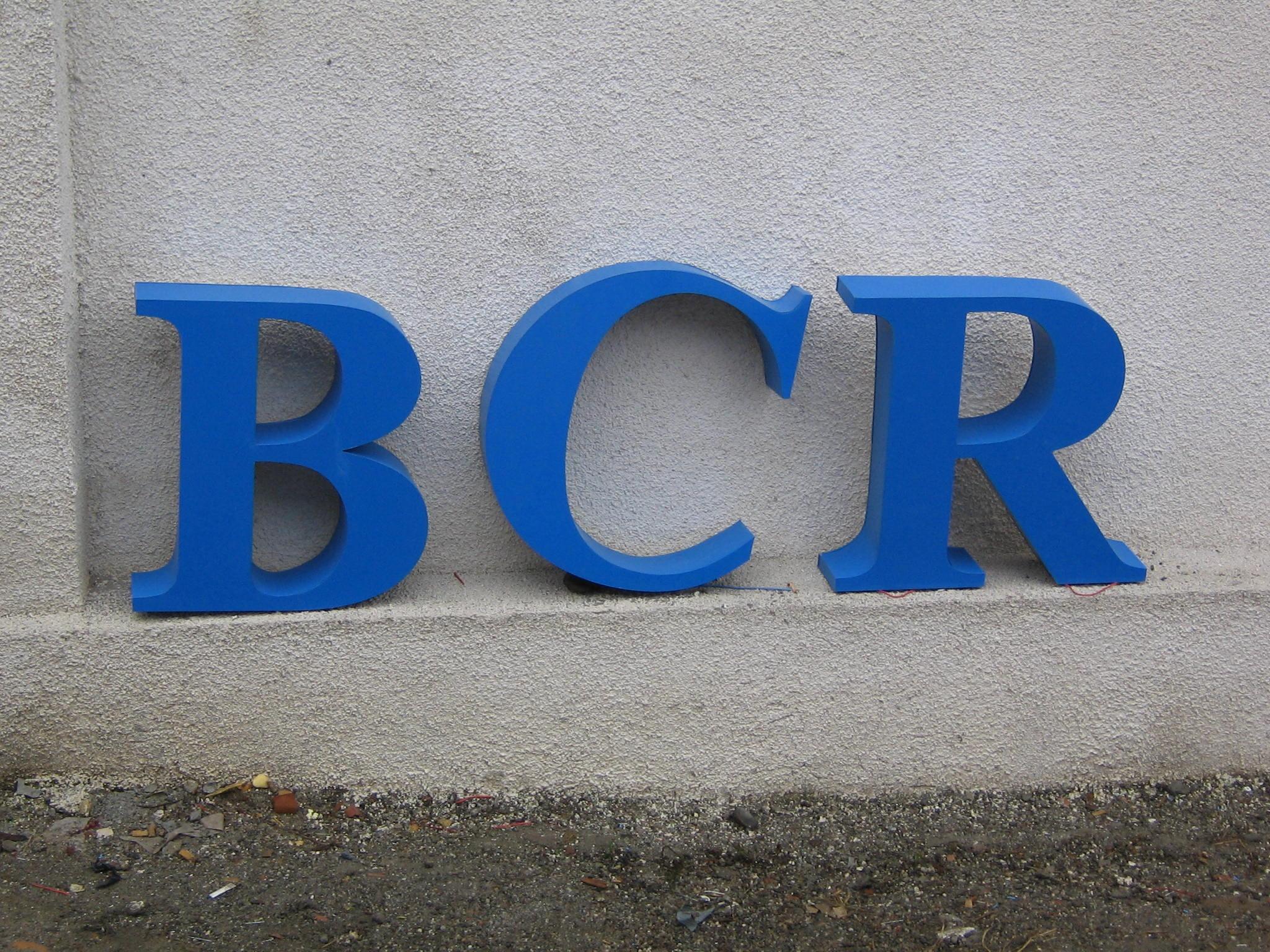 LITERE VOLUMETRICE LUMINOASE BCR