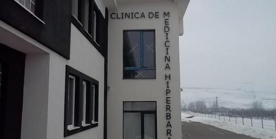 LITERE VOLUMETRICE LUMINOASE Clinica de medicina Hiperbara