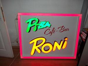 LITERE VOLUMETRICE LUMINOASE Pizza Roni (8)