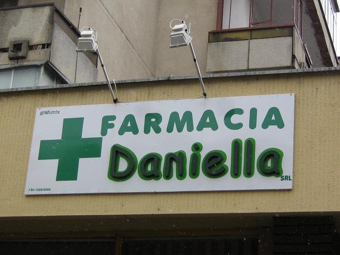 PANOURI PUBLICITARE Farmacia Daniella