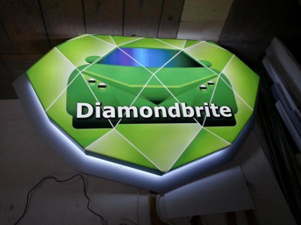 diamondbrite-suedia-2