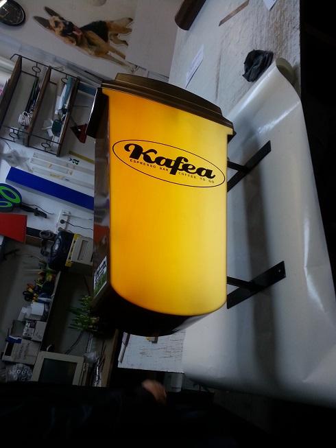 cafea-2-fete